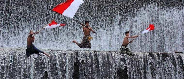 01 foto Flag Bali 760x330 - Два знамени Бали