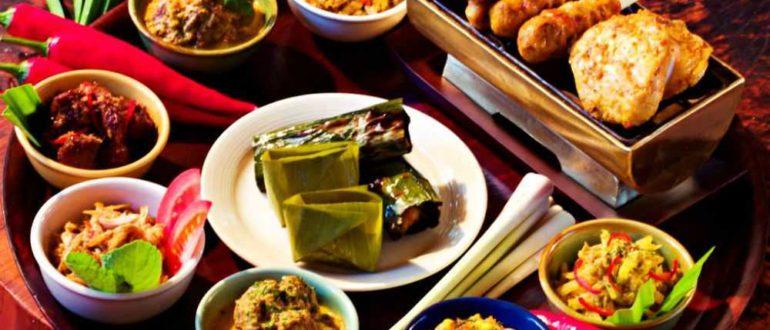 08 770x330 - Уличная еда на Бали