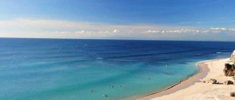 dreamland beach bali indonesia 770x330 - Отдых на Бали в январе