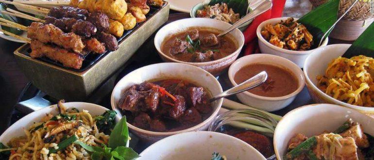 rge gallery 770x330 - В каком ресторане поужинать на Бали?