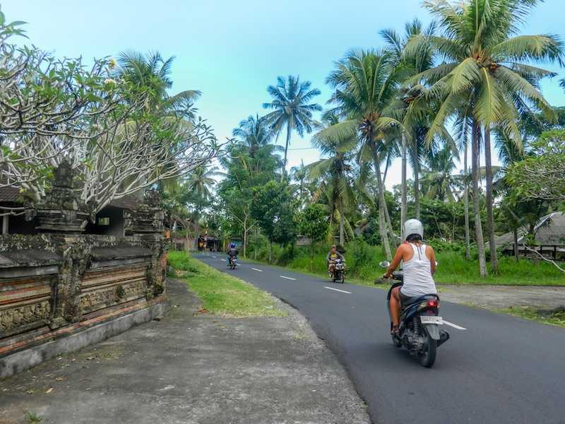 Аренда мотороллера на Бали