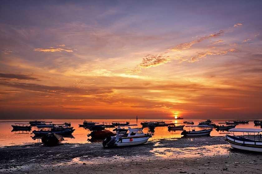 Что посмотреть и чем заняться в Танджунг Беноа? 5