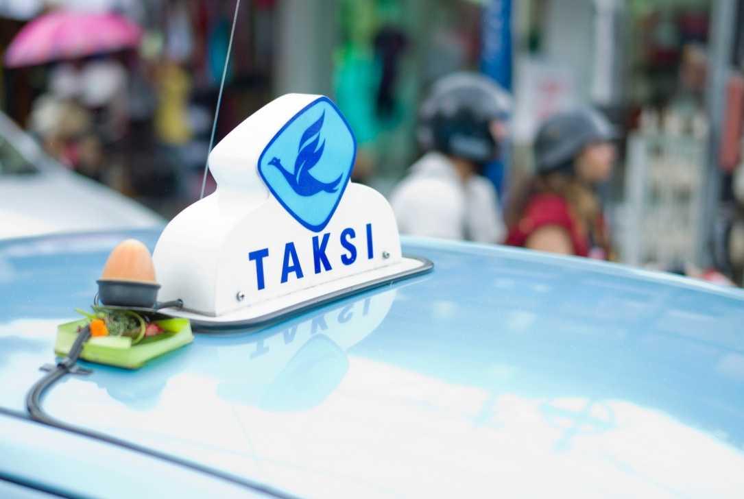 """Такси в Денпасаре: официальные службы и местные """"банды таксистов"""" 5"""
