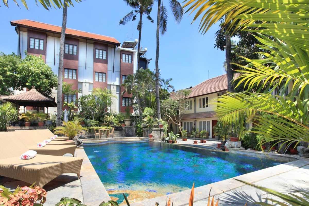 Отели в Танджунг Беноа