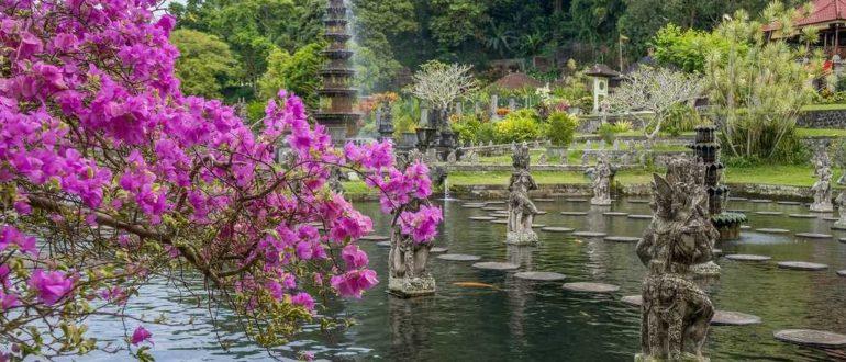 31116596145 5bb229588a b 770x330 - Дворец Пури Агунг Кангинан на Бали