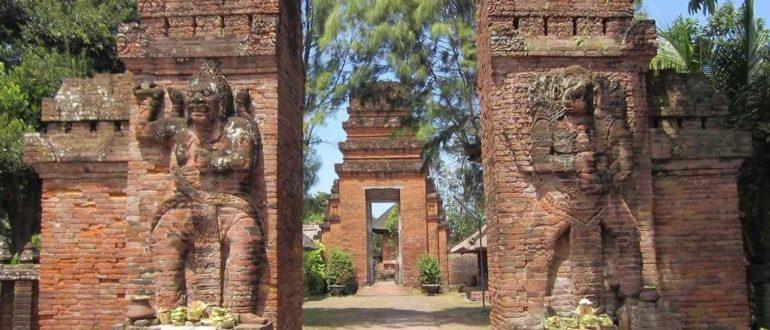 6337599050 cda9937525 b 770x330 - Храм Пура Маоспахит в Денпасаре