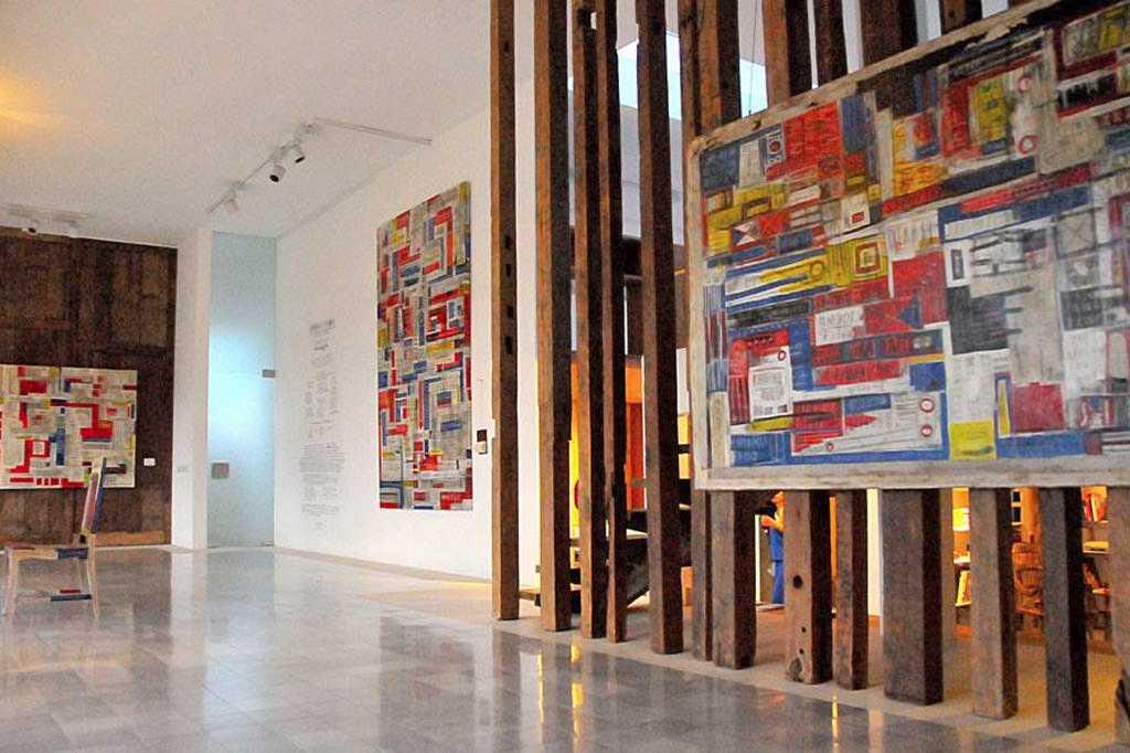 Художественная выставка на Бали