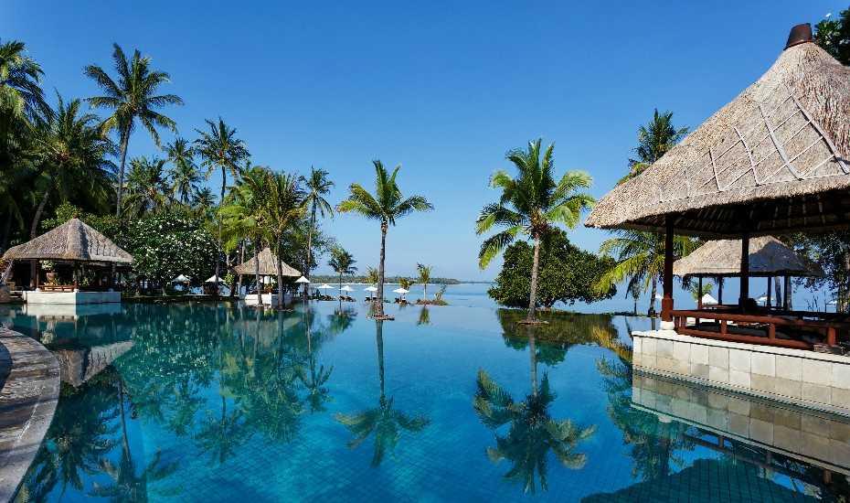 Отель на Бали с бассейном