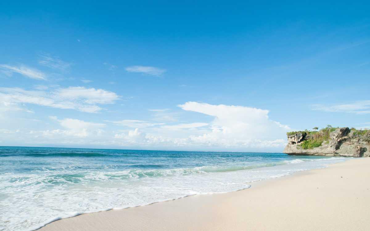 Пляжи в Куте