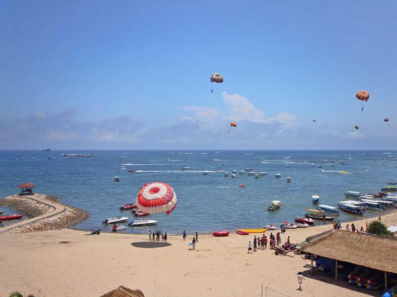 Пляжи в Танджунг Беноа