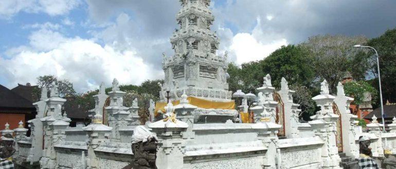 pura jagatnatha 770x330 - Храм Пура Джагатнатха в Денпасаре