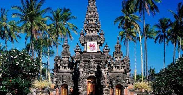 taman budaya bali 639x330 - Культурный центр Таман Будая в Денпасаре