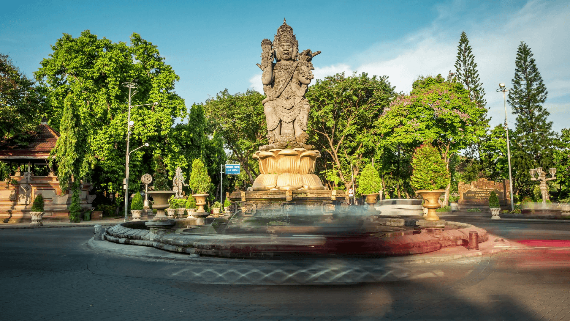 Cтатуя Катур Мука в Денпасаре