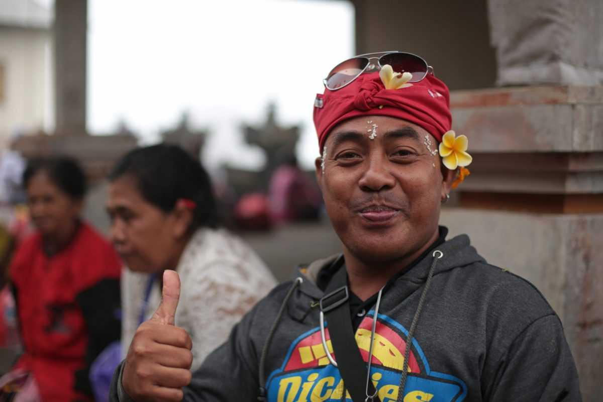 """Дресс-код на Бали: встречают """"по одежке"""""""
