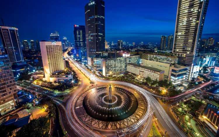 Джакарта ночью
