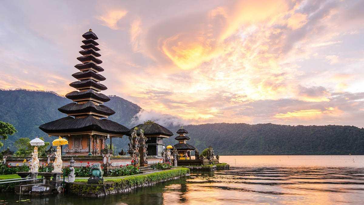 Когда лучше ехать отдыхать на Бали? 3
