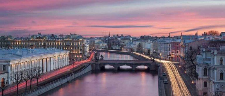 Нева в Санкт Петербурге