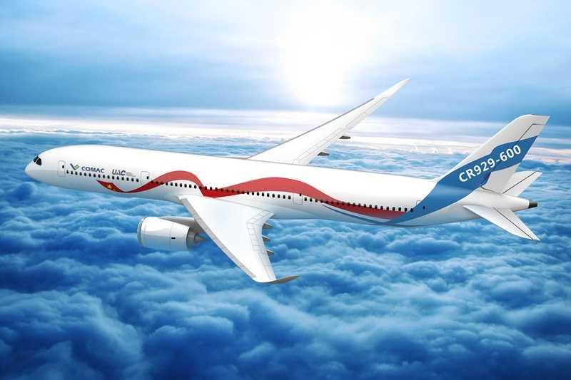 Самолет CR929 в полете по маршруту Бали-Санкт-Петербург